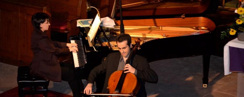 Le duo Dany Rouet, piano, et Raphaël Perraud, violoncelle, le 17 mars 2013 à l'église protestante de Bouxwiller